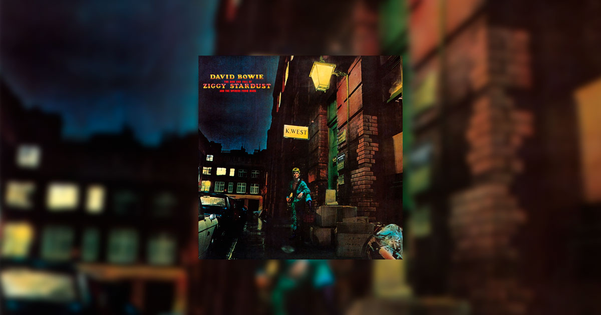 Portada de The Rise and Fall of Ziggy Stardust and the Spiders from Mars; reseña